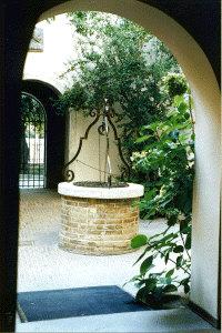 Pescara: cortile Casa D'Annunzio - Foto Eleonora Sasso