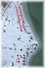 La bella spiaggia sabbiosa di Marina di San Vito e' una delle piu' tranquille del litorale della provincia di Chieti