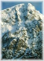 Tra le vette nei dintorni di Pescasseroli spicca per eleganza il roccioso monte Sterpidalto che domina la Camosciara